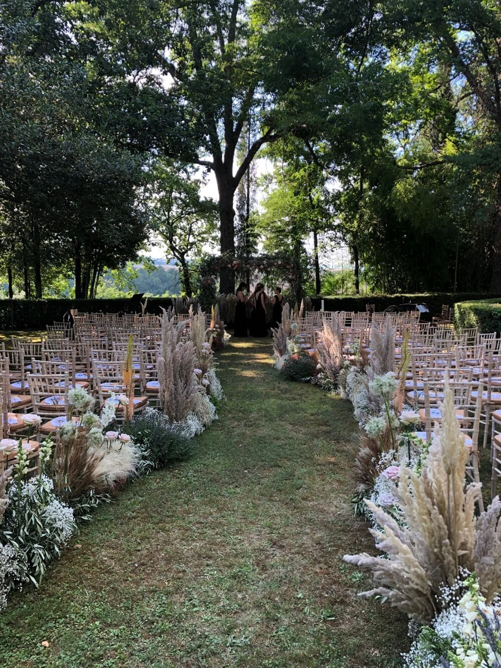 Destination Wedding Design and Planning in Tuscany, Florence, Siena, Chianti, Val d'Orcia. Olivia Sodi, Professional Wedding Planner & Designer in Tuscany and Italy
