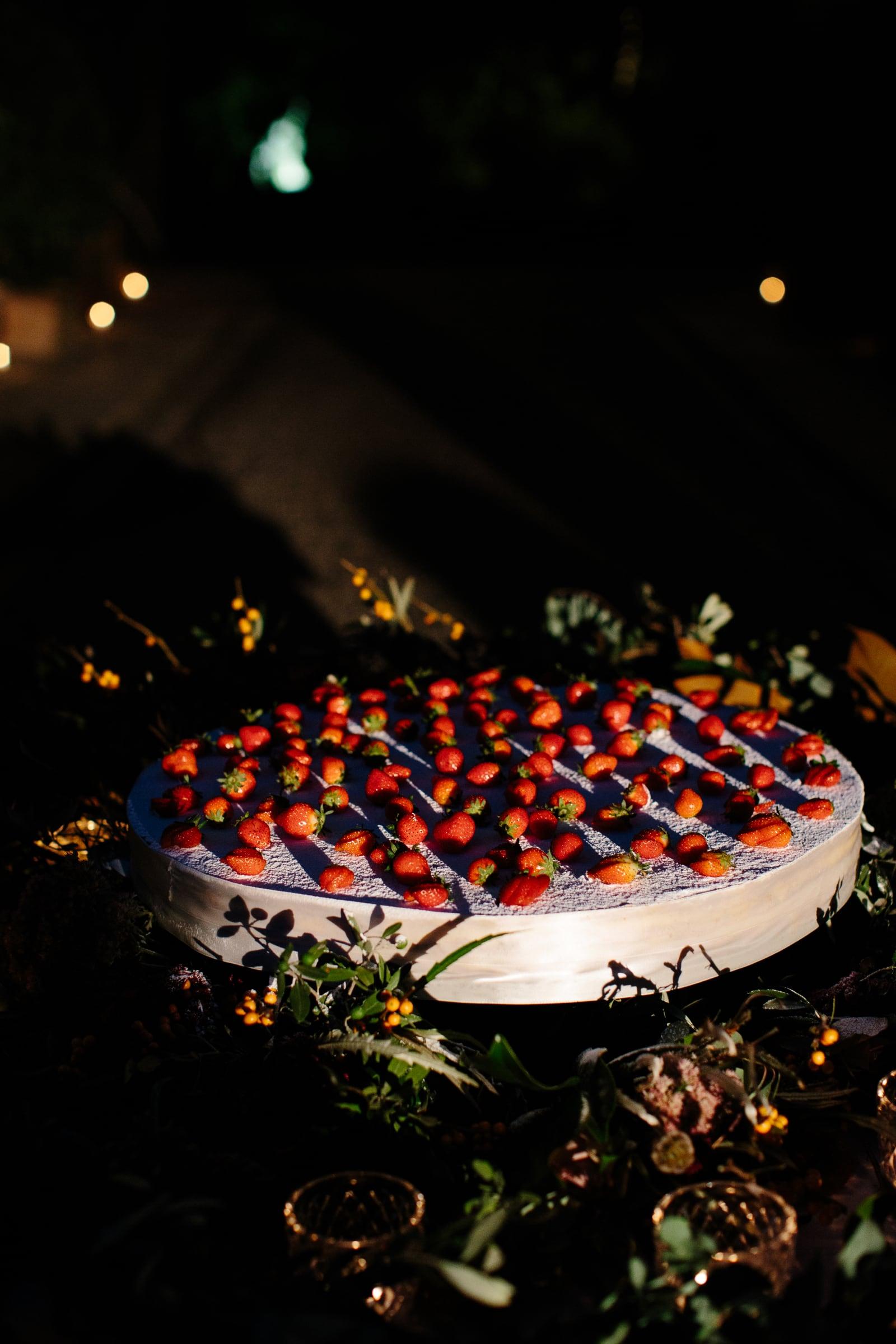wedding cake in monteriggioni siena