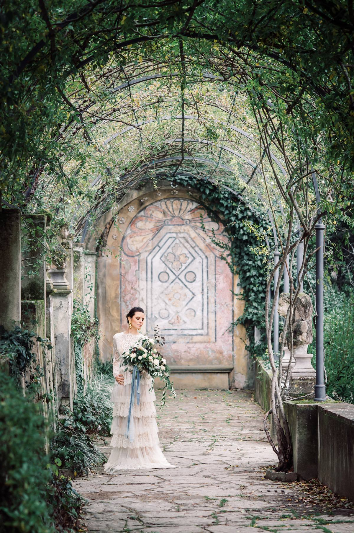 Styled Shoot: Artistic Bridal Inspiration in the Heart of Florence